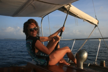 Sailing panama to colombia 805
