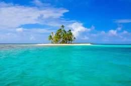 San Blas Adventure blue sailing Panama to Colombia